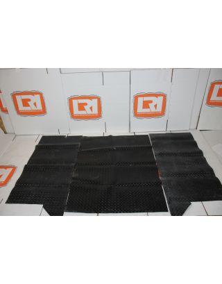 Black rear load area rubber mat set Fit Land Rover Defender 110 Pre 2007 TD5 TDI