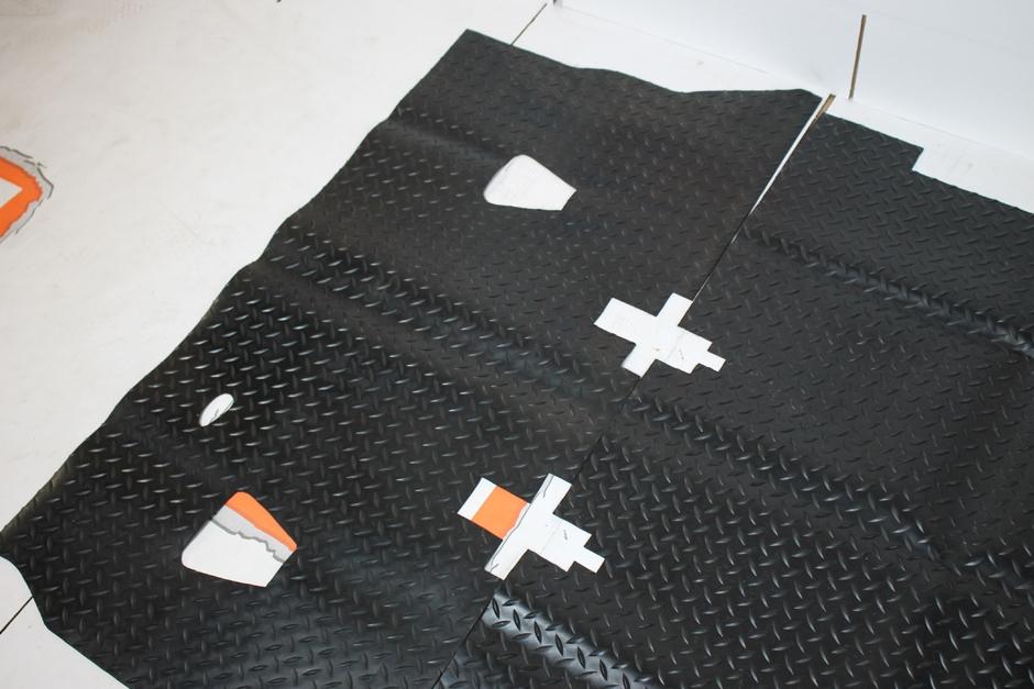 rear load space area Defender 90 Nakatanenga Rubber floor mat